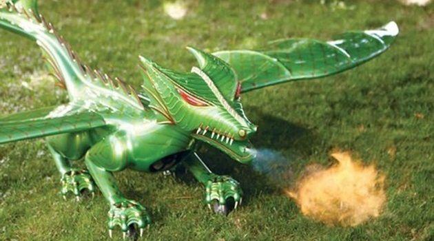 620万円のドラゴン型ラジコン!火炎放射と飛行が楽しめる!