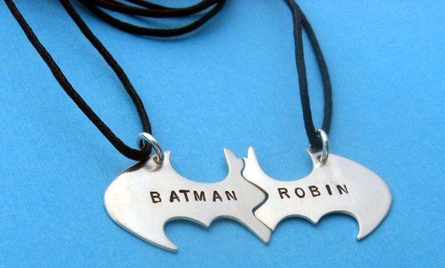 永遠の友情を形にする!バットマン&ロビンのBFFネックレス!