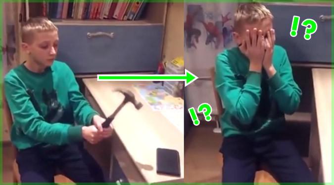 ケースの強度を証明するためにスマホをハンマーで叩いてみた少年…