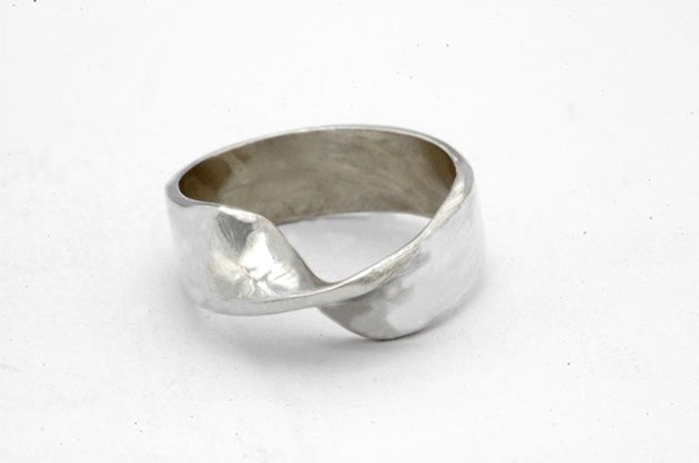 mobius-ring3