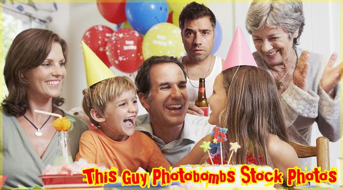 綺麗な写真に自身を加えたユーモアたっぷりのフォトボム作品集!