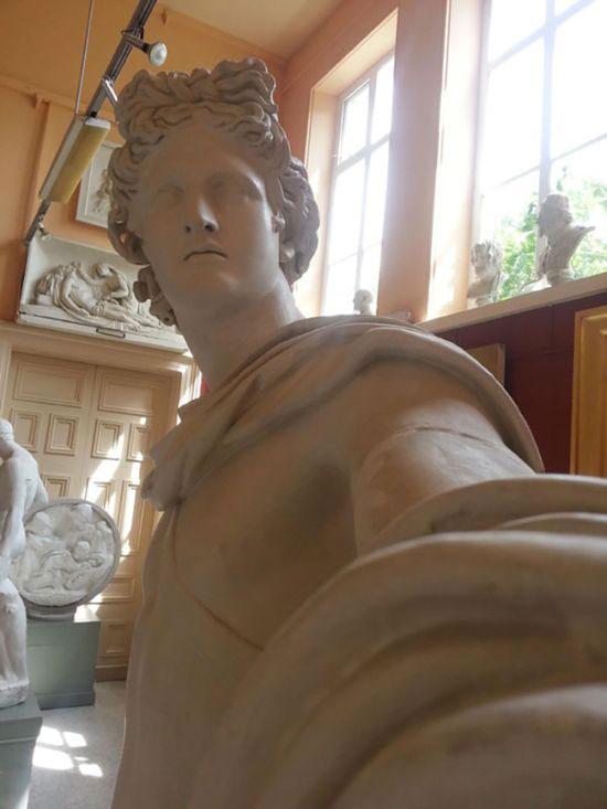 selfie_statues_02