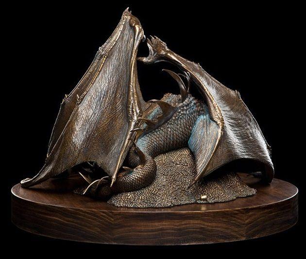 smaug-sculpture-2