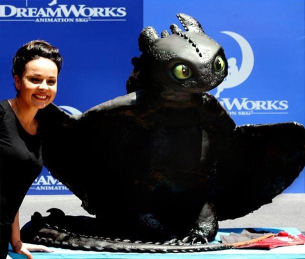Toothless-Cake04