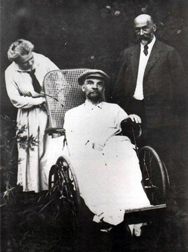 a98867_Oddee-Last-Lenin