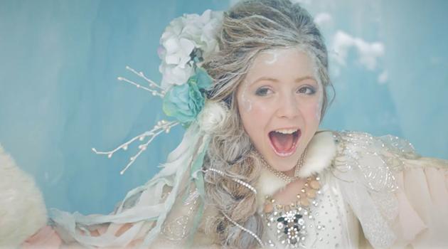 11歳の少女が歌う『アナと雪の女王』の主題歌が素晴らしい!