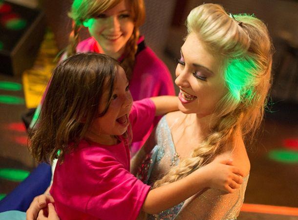 anna-faith-surprises-a-special-little-girl